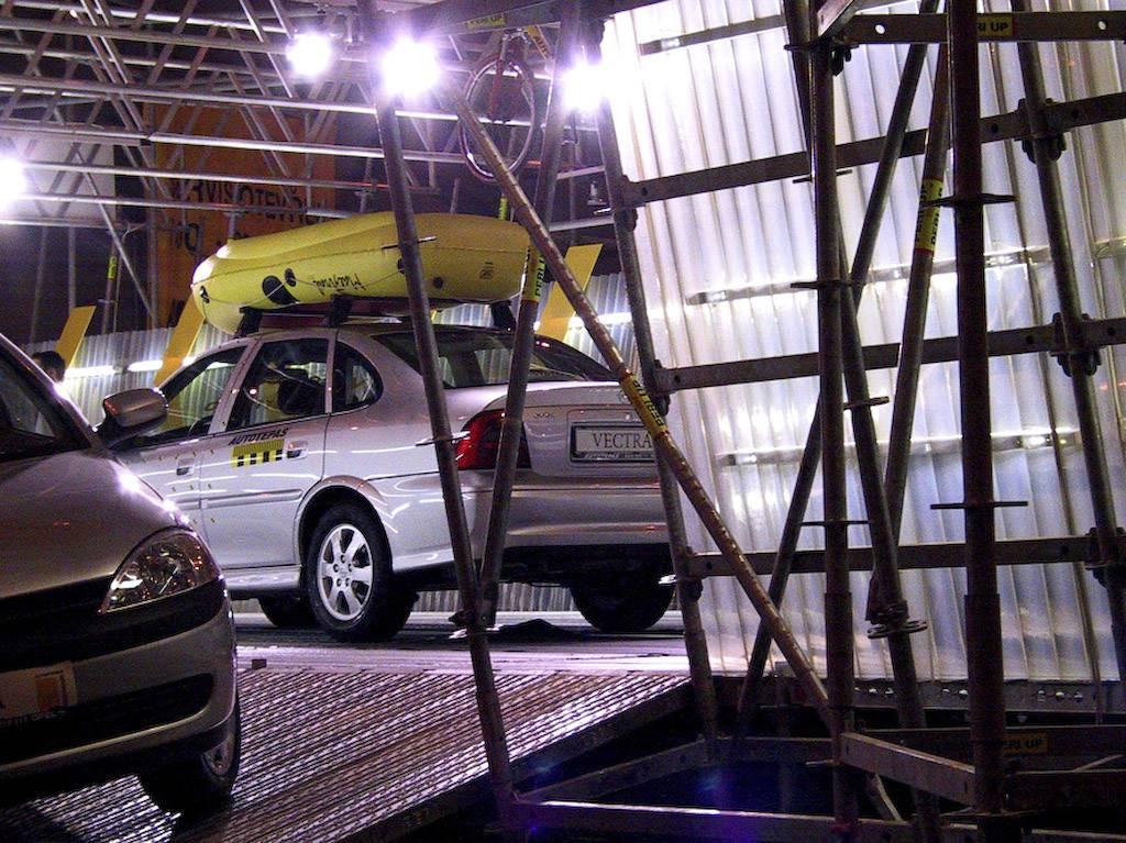 Opel by Jan Kadlec