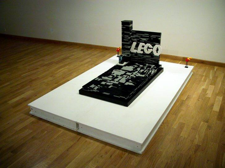 Lego Grave by Jan Kadlec