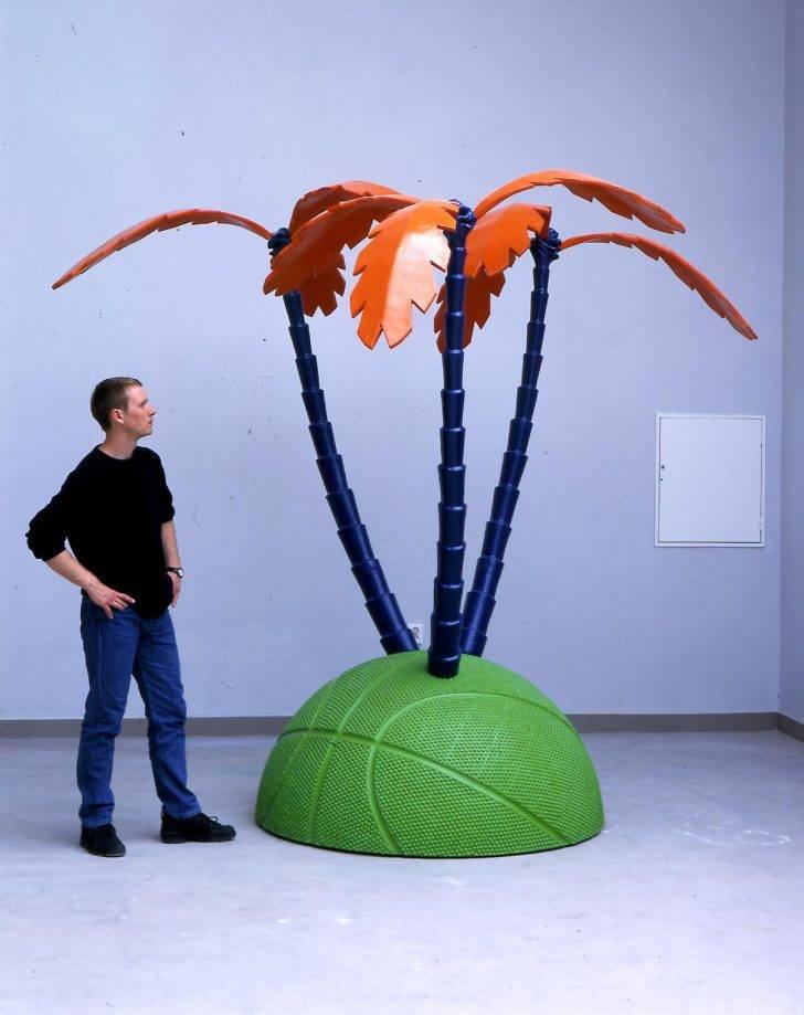 Palm ball by Jan Kadlec