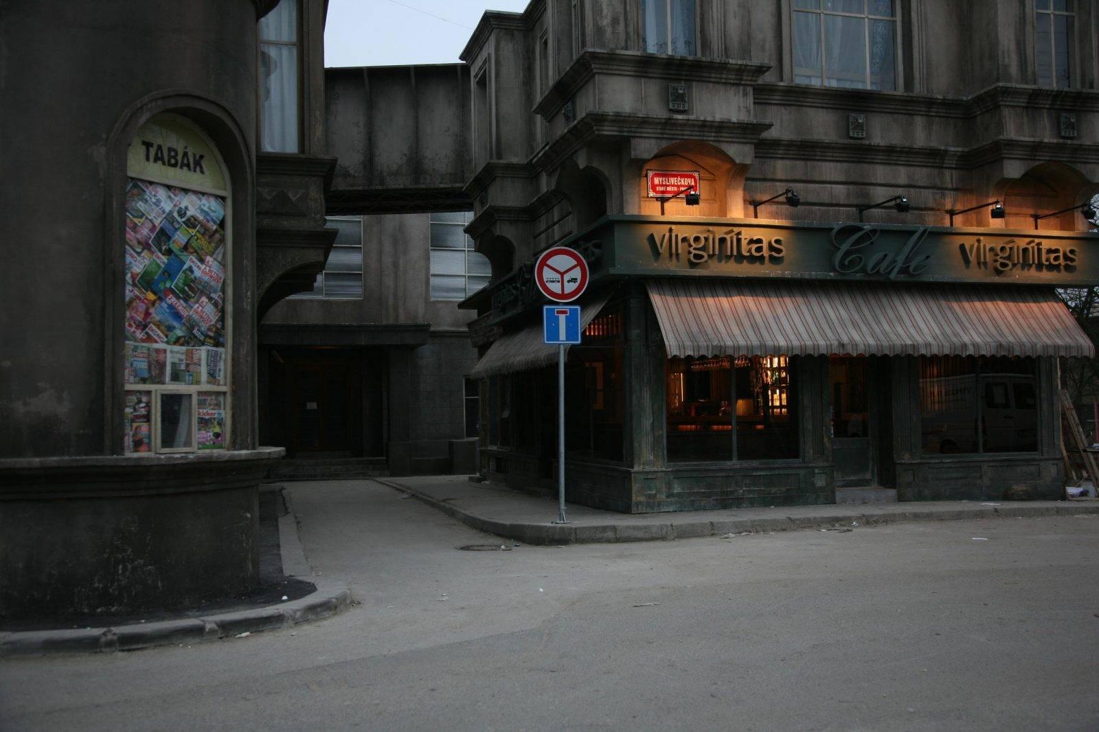 Policajti zcentra by Jan Kadlec
